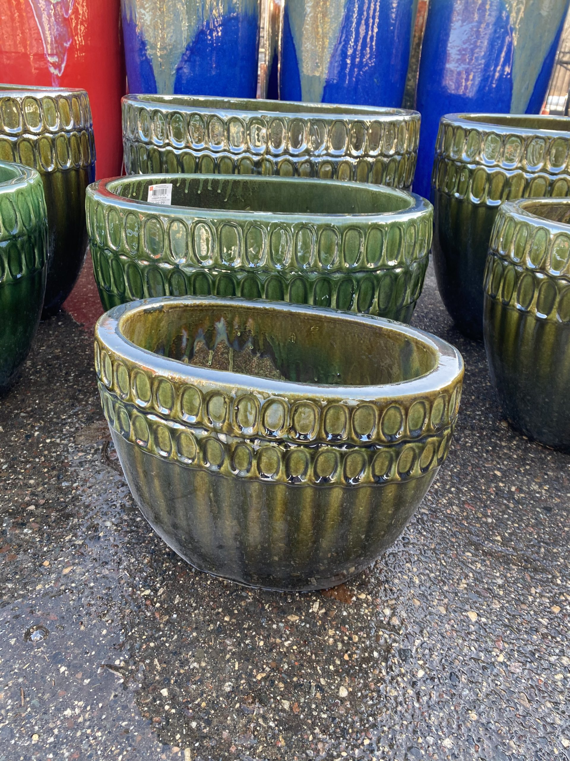 22 Inch Oval Colosseum Planter Crackle Forest Green
