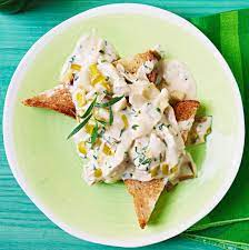 Leeks and Creamy Chicken on Buttered Toast